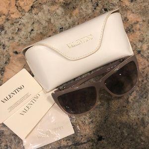 Woman's Valentino Sunglasses